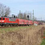 28 Februari 2016: Vught / 1604 DBS met kalk-staal trein naar Sittard.