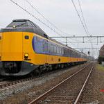 3 April 2016: Gilze-Rijen / 4224 Staat als trein 28625 klaar te Gilze-Rijen om naar Venlo te vertrekken. dit ivm met werkzaamheden bij Breda.