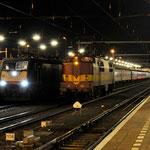 14 Februari 2014: Venlo / 189 283 TXL Met de 1e wintersporttrein naar Oostenrijk rechts EETC 1251 die deze trein naar venlo heeft gebracht