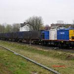 5 April 2012: Landgraaf/ 203-2 Locon-VR Met de beladen huisvuiltrein (50094) opweg naar maastricht