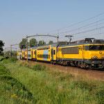 23 Augustus 2015: Helmond Brandevoort / 1757 Met een sprinter uit Nijmegen naar Deurne.