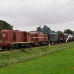 Beekbergen: 2459,2530 samen met goederentrein 790 en achterop de 3 van de SGB. Onderweg van Beekbergen naar Apeldoorn VAM.
