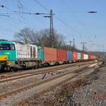 12 Maart 2015: Duisburg-Hochfeld / 1272 405 Kombirail met een Neuss shuttle