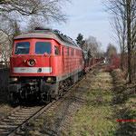 28 Februari 2015: Duisburg / 232 592 Met een lege staaltrein richting HKM.