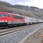 15 Maart 2016: Karlstadt / 155 195 MEG Met een containertrein richting Gemunden am main