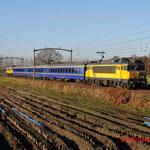 22 November 2012: Helmond / 1767,ICR-A 349,SR10  ICR 003,ICR-A 350,NSR 1736 Met in de trein de president van Slowakije. Hij ging op bezoek bij AutomotiveNL in helmond