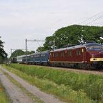 22 Mei 2017: Vught / 3031 met aan de plan W,plan E,plan D en 2 rijtuigen Mat'24 onderweg als trein 82102 van Amersfoort naar Goes.