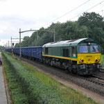21 September 2015: Eindhoven / DE676 Rheincargo met een sleep lege Eanos'en vanaf de OVET Sloe naar Keulen Eifeltor.