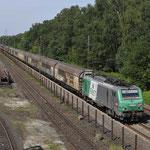 23 Augustus 2017: Duisburg Entenfang / 437026 Captrain, nog voorzien van SNCF Fret huisstijl, met vermoedelijk een lege staaldraadtrein naar Saarbrücken.