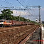 1 Juli 2014: Eindhoven Beukenlaan / 1836 (9905) Locon met staaltrein naar Beverwijk.
