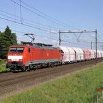 25 Mei 2017: Horst-Sevenum / 189 053 DBC Met een kalktrein richting Eindhoven