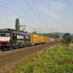 21 Juni 2017: Unkel / 189 284 SBB Met een Containertrein richting Koblenz.