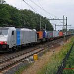 9 Juli 2012: Eindhoven/ 186 108 SBBCD + HTRS 1506 (defect) met Br-shuttle (350071) ri mvt