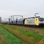 14 November 2015: Mierlo / 189 202 LTE met een beladen graantrein (41323) richting Venlo.