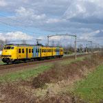 4 April 2015: Boxtel / 443 Als stoptrein naar Tilburg Universiteit.