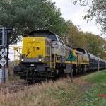 18 November 2015: Hammont Grens / 7780,7771 met lege Zinkertstrein 49671 uit Budel ri Antwerpen Groenland (B).