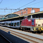 20 April 2016: Den Bosch / 505 EETC is bezig met het rangeren van wagons afkomstig uit Roosendaal. Aangebracht door Railpromo 1215.