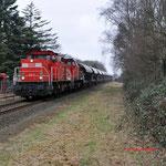 9 Februari 2015: Tegelen / 6417,6505 Met volle kalktrein richting Venlo.