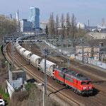 1 April 2016: Eindhoven / 1604 DBC met de lege dolimetrein (47615) richting Sittard.