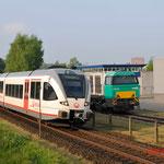 26 April 2014: Venlo / 360 Als stoptrein naar Nijmegen rechts staat de 92 80 1272 404-5 van Locon