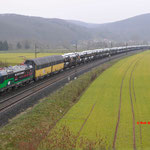 15 Maart 2016: Harrbach / 193 252 TXL met een ARS Altmann autotrein richting Wurzburg.