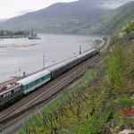 13 April 2016: Assmannhausen / E 40 128 met 6 Reisezugwagen (Bm, Bm, Dd, By, Ay, Ay) en achterop de 140 423. Als trein DBM Lr 91340 onderweg vanuit Koblenz Lützel naar Crailsheim
