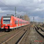 29 Januari 2015: Rheinhausen Ost / 425 065,425 063 onderweg naar Mochengladbach.