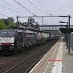 6 Augustus 2016: Helmond Brandevoort / 189 983 SBB Met een hupac trein richting Kijfhoek.
