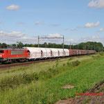 25 Mei 2014: Heeze / 1604 DBS Met kalk-staal trein naar Sittard