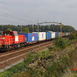 15 Oktober 2014: Tilburg reeshof / 6430 DBS Met containertrein richtinf Kijfhoek.