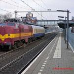16 December 2014: Helmond brandevoort / 1254 EETC met een Central Bahn rijtuig naar de Watergraafsmeer.