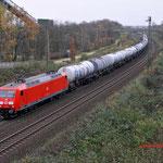 1Bottrop-Boy: 145 050 met een ketelwagentrein richting Gelsenkirchen