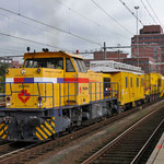 16 Oktober 2014: Amersfoort /  303002 Strukton met een kettinghor trein