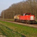 10 April 2015: Maasbracht / 6435 DBS als UC vanuit Kijfhoek naar LutDSM met 1 ketelwagen.