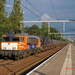 30 Juni 2011: Eindhoven/ 1621 is samen met de 1607 onderweg met de vuiltrein (50094) vanuit zuid limburg naar Wijster