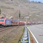 18 Maart 2016: Oberwessel / 482 001 Met een auto trein richting Mainz
