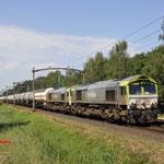 20 Juli 2016: Oisterwijk / 6605 Captrain samen met de 6609 onderweg met een gemengde ketelwagentrein naar Lutdsm.