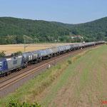 18 Juli 2014 : Harrbach / 143 911 RBH met keteltrein richting Wurzburg.