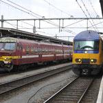 11 Oktober 2016: Roosendaal / 803 NMBS , Rechts 7609 Als IC 3647 binnengekomen vanuit Zwolle.