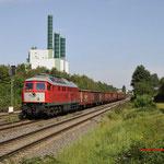 23 Augustus 2017: Duisburg-Wanheim / 232 908 met beladen schroottrein naar staalfabriek HKM in Duisburg-Hüttenheim.