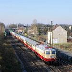 27 Februai 2016: Essen-Altenessen / E10 1309 TRI Met een AKE Rheingold van Keulen naar Papenburg.
