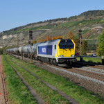 11 Oktober 2015: Thungersheim / 1264 003 Stock met een keteltrein richting Wurzburg