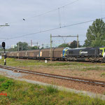 28 Augustus 2014: Eindhoven / 6601 Captrain onderweg met een papiertrein richting Venlo.