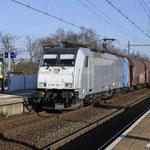 22 Februari 2018: Helmond Brouwhuis / 186 187 CT Met een staaltrein vanuit Venlo naar Beverwijk.