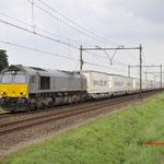 24 Augustus 2017: Horst / DE6306 Crossrail met vol beladen Ekol trailertrein uit Triëst naar Zeebrugge.