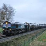 30 November 2017:  Budel / 513-10 Lineas met aan de haak de lege Fenol ketelwagentrein. Over enkele ogenblikken heeft hij de grens tussen NLB bereikt. Hij gaat door het leven als GXN-GeleenShuttle 47561.