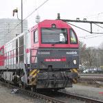22 December 2017: Eindhoven / 1273 103-2 Met nummer 2102 IRP met daarachter een Sgmmns kopelwagen.
