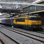 12 December 2014: Den Bosch / 1768 met lost&found express en achter op de 1744