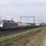 18 November 2017: Horst / 189 109 SBB met containertrein (40223) richting Venlo.