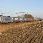 12 Januari 2014: Helmond brandevoort / 186 106 BLS met Melzo shuttle naar de Waalhaven zuid